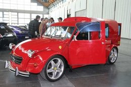 Dingue, une 2 CV V8 380 chevaux !