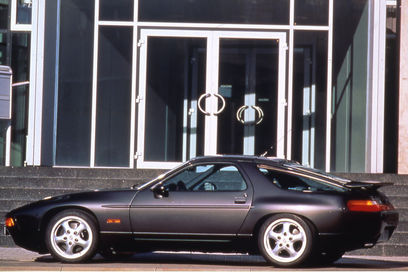 Porsche envisage une descendance pour la 928