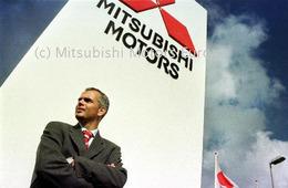 DaimlerChrysler lâche Mitsubishi