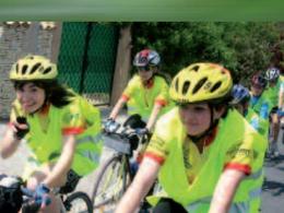 Trait d'union international - Paris / Vienne : les ados font une balade culturelle à vélo
