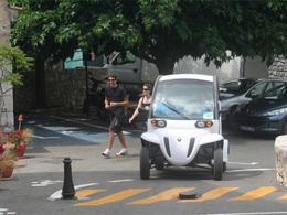 La commune de Gourdon a lancé un service de véhicules électriques en libre-service