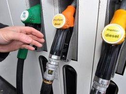 Le prix du pétrole baisse, le tarif du plein aussi