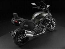 Actualité moto - En direct du salon de Milan: Retour sur un Diavel à quatre facettes