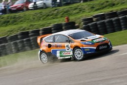 Rallycross: une nouvelle Ford Fiesta spectaculaire