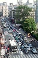 La politique des couloirs de bus protégés contestée