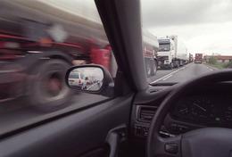 Les Français roulent de moins en moins vite en 2004