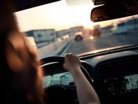Assurance auto: l'incroyable injustice faite aux femmes