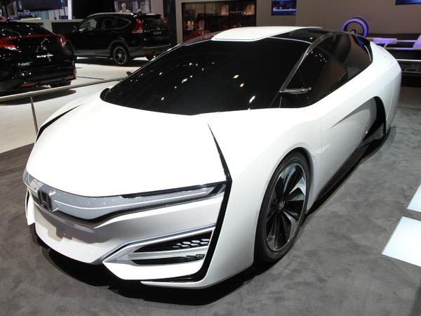En direct de Genève 2014 : Honda FCEV Concept, le futur selon Honda