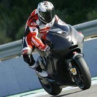 Moto GP - Ducati: L'usine ne dit rien sur la GP12 mais le team de Karel Abraham dévoile sa fiche technique
