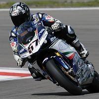 Superbike - Magny Cours Q.1: Un Lorenzo en pole provisoire avec Lanzi