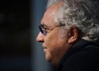 F1: Selon Briatore, les écuries voudraient bannir le KERS en 2010 !