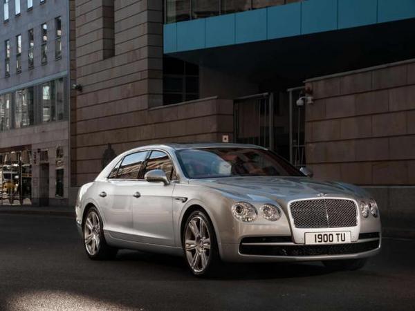 """Bentley: une """"petite"""" d'ici 2020"""