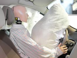 Volkswagen et Tesla, seuls constructeurs à n'avoir pas rappelé pour les airbags Takata
