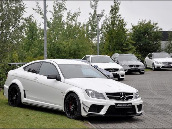 Mercedes C63AMG Coupé Black Series Track Package : la compil'