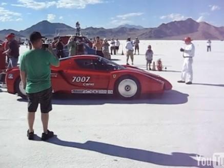 [Vidéo] La Ferrari Enzo bi-turbo fait parler ses 1000 chevaux à Bonneville