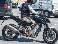 Photos volées: la KTM Duke de demain roule déjà!