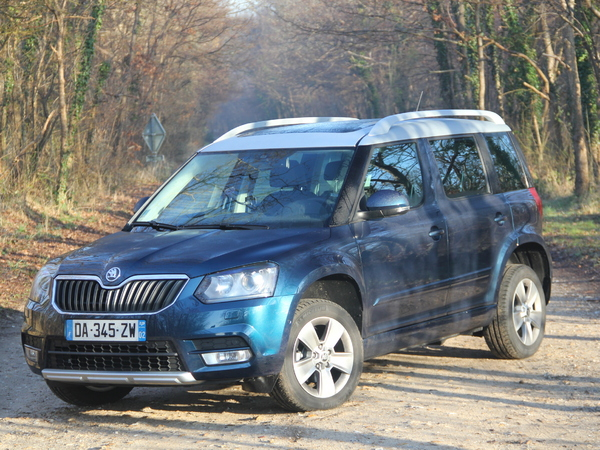 essai skoda yeti 1 6 tdi 105 ch une place monstre. Black Bedroom Furniture Sets. Home Design Ideas