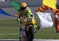 Chute de Rossi aux essais libres de Assen