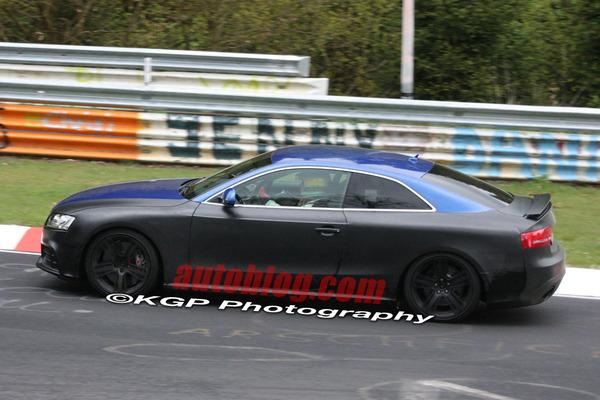 Une aileron rétractable pour l'Audi RS5?