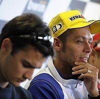 Moto GP: Rossi voit une perf de Pedrosa avant la fin de saison
