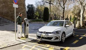 Marché européen : de plus en plus de voitures électrifiées