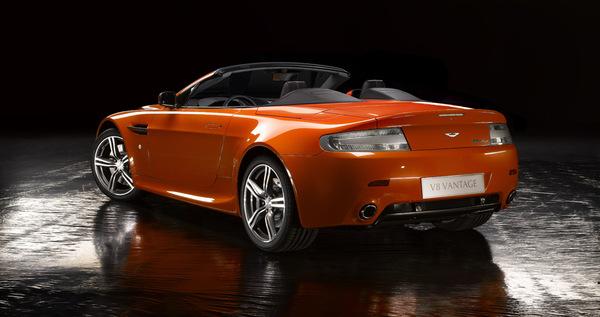 Aston Martin V8 Vantage N400 Roadster: elle est là