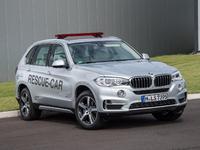 """BMW : le X5 hybride rechargeable, """"rescue car"""" en Formule E"""
