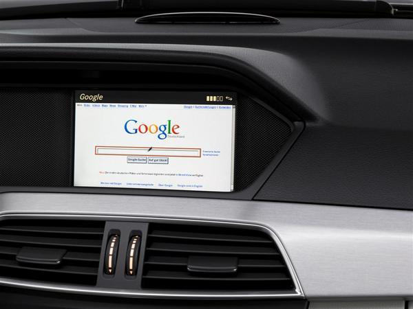 Daimler finalement ouvert à une collaboration avec Google et Apple