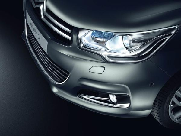 Future Citroën C4 : encore plus de photos