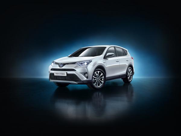 Toyota RAV4 hybride : une série limitée à 200 exemplaires pour le lancement en France
