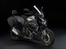 Actualité moto - Ducati: Les Strada ce n'est pas du cinéma