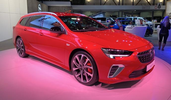 Opel Insignia restylée: refonte technique - Vidéo en direct du Salon de Bruxelles 2020