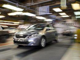 La 308 marche bien, Peugeot augmente la production et crée 600 postes