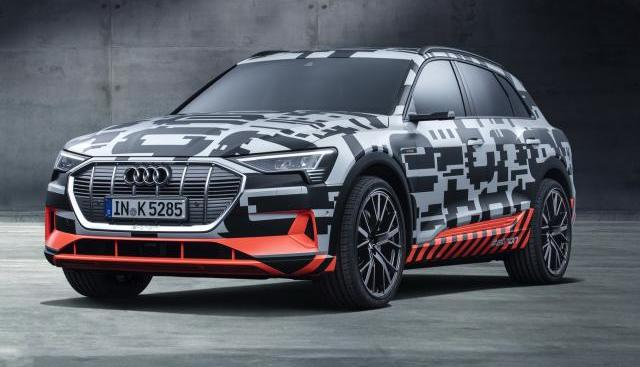 Audi : la présentation du SUV e-tronreportée