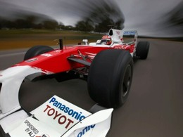 F1 - Et si Toyota avait dominé la saison 2010 ?