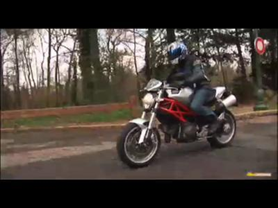 Essai – Ducati Monster 1100 2009 : Usine à sensations