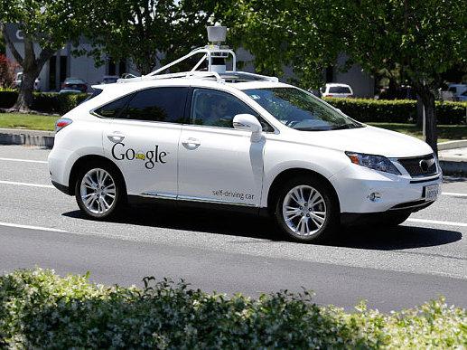 Voiture autonome: quand la google car est tétanisée par un cycliste