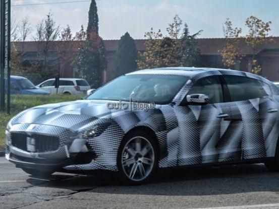 Future Maserati Quattroporte: nouvelles photos volées