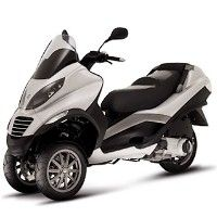 Scooter - Piaggo MP3 LT : Le 250 et le 400 s'offrent au permis B !
