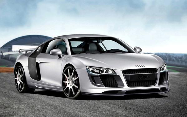Essen show : Audi R8 PPI 460 ch