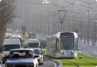 Paris 13e arrondissement : le tramway glisse sur un tapis vert...