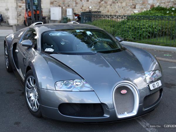 Photos du jour : Bugatti Veyron (Parade des Pilotes)