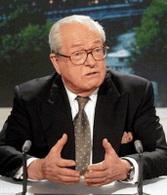 Jean-Marie Le Pen : rétablissement de frontières permettant des taxes environnementales
