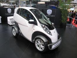 Mondial de Paris 2010 : les véhicules électriques de la société française Lumeneo
