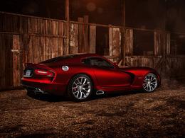 Chrysler suspend la production de la Viper pendant deux mois
