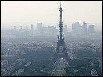 Ile-de-France : 150 personnes munies d'un collier pour mesurer la pollution