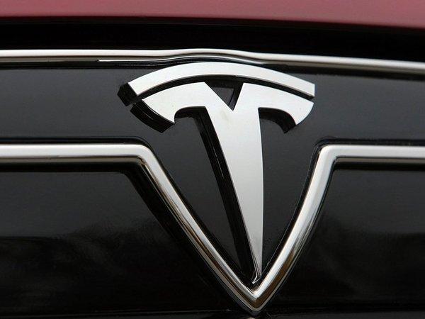 Tesla : une berline à moins de 35 000 € pour 2018