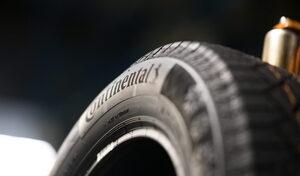 En 2022, tensions sur les semi-conducteurs et les pneus