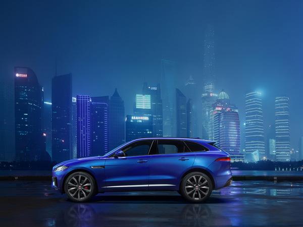 Salon de Francfort 2015 : Jaguar montre partiellement son SUV F-Pace