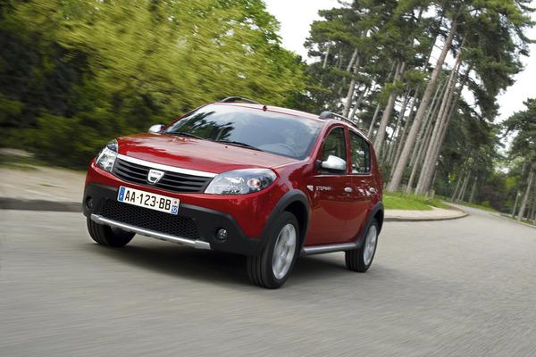 Barcelone 2009 : Dacia Sandero Stepway, baroudeur low-cost pour l'Europe